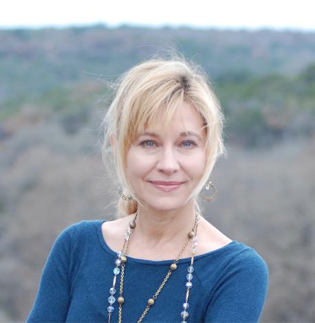 Elizabeth Crook