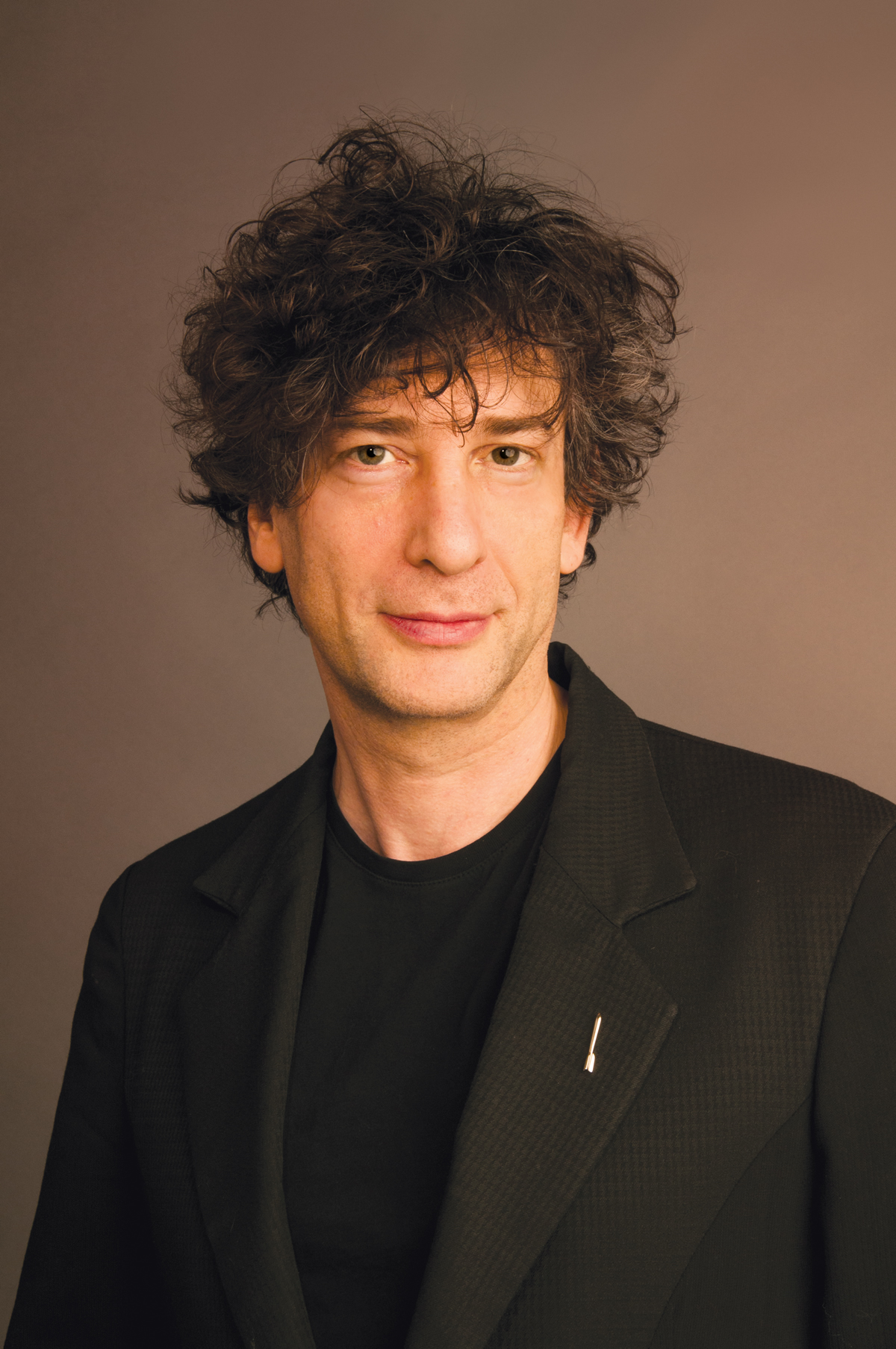 Neil Gaiman Crowd-Sources Poem on Twitter