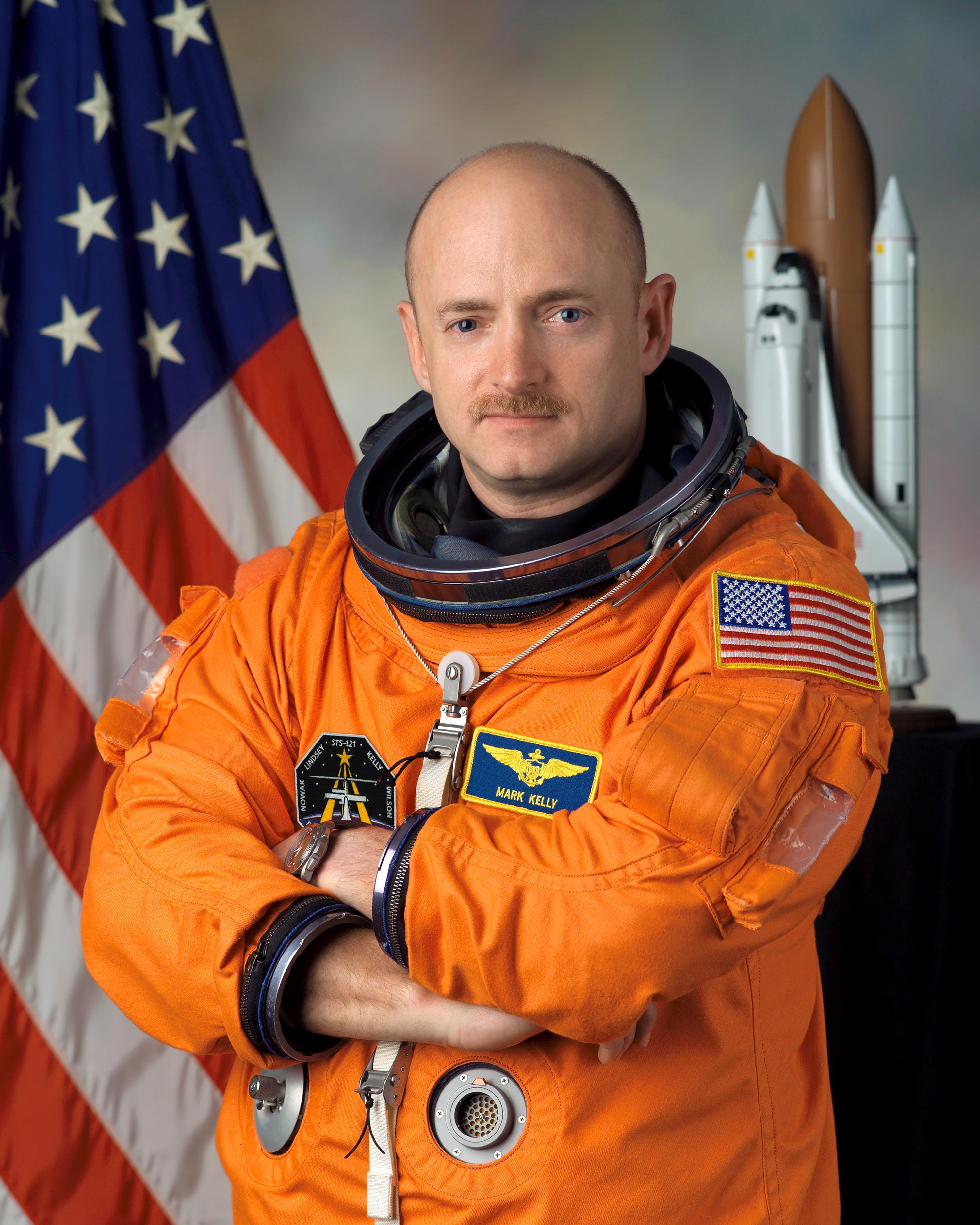Astronaut Mark Kelly Delivers Earthly Lessons in Astrotwins