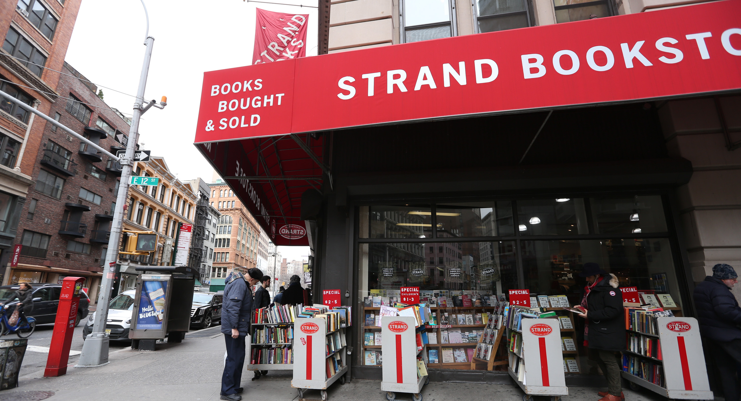 Laid-off NYC Booksellers Open Online Bookstore