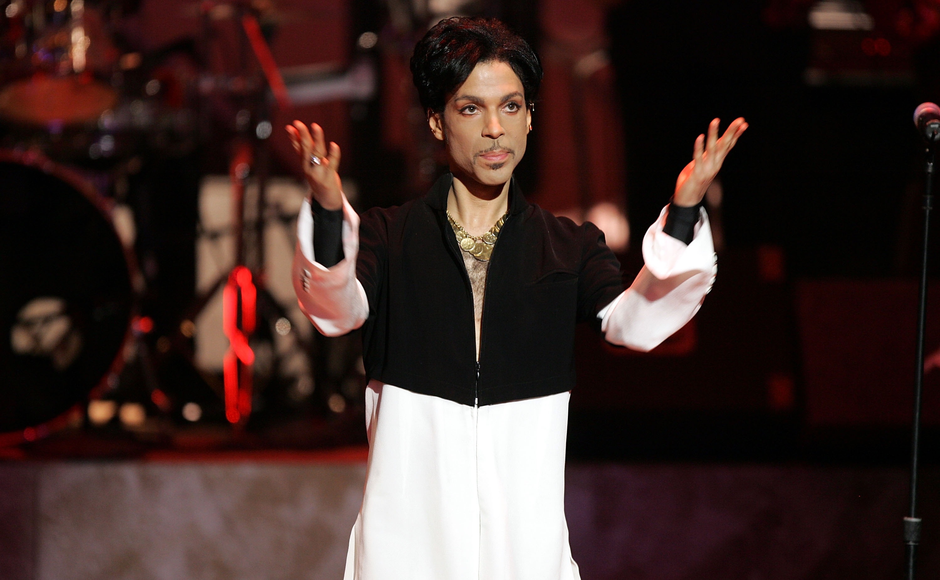 What Early Readers Have Learned From Prince's Memoir